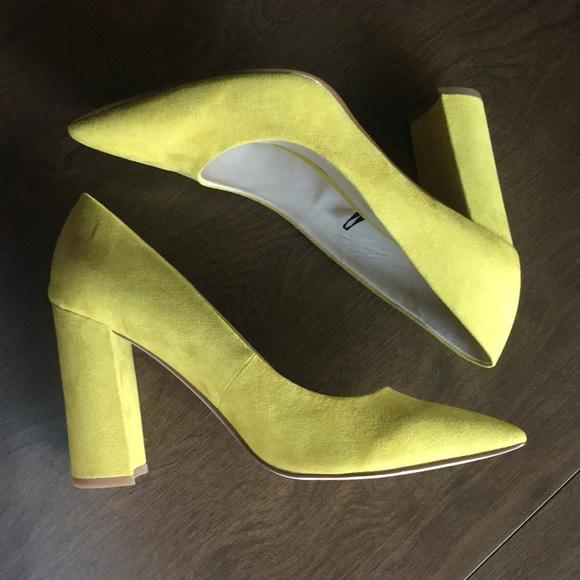Nwot Yellow Nine West Cara Chunky Heel